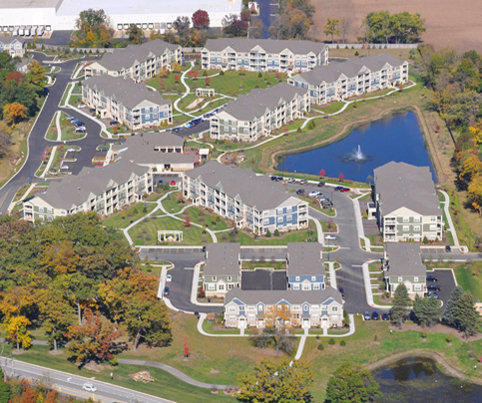 Aerial photo of the Oaks of Vernon Hills